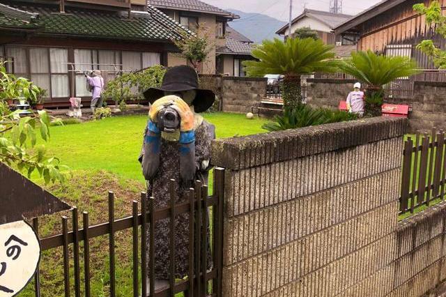 """日本""""诡异""""乡村,远看似有几百人却没有一个活的,游客常被吓到"""