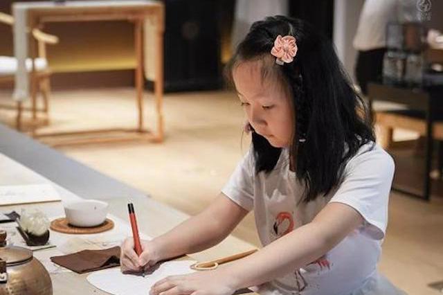 周国平:独处,最能检验一个人灵魂的深度!如何教会孩子独处?