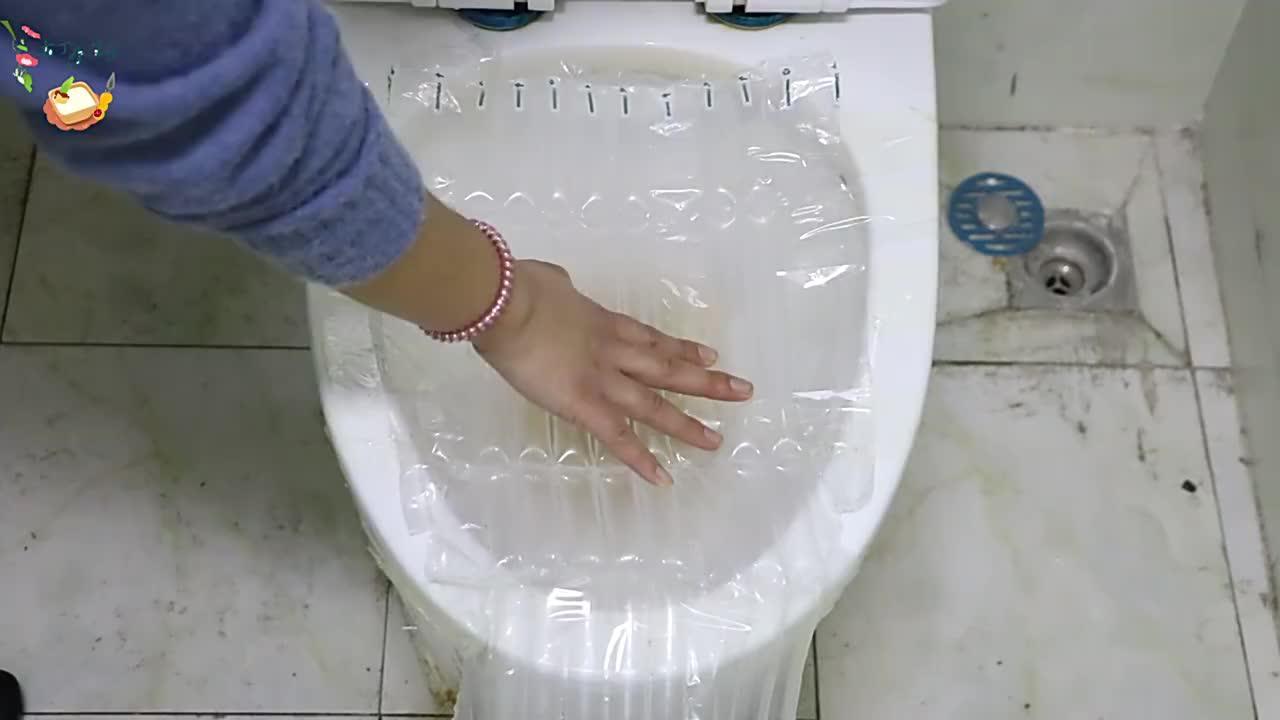 快递里的防震气泡柱放进厕所里一年能省下几百元看后别乱丢了