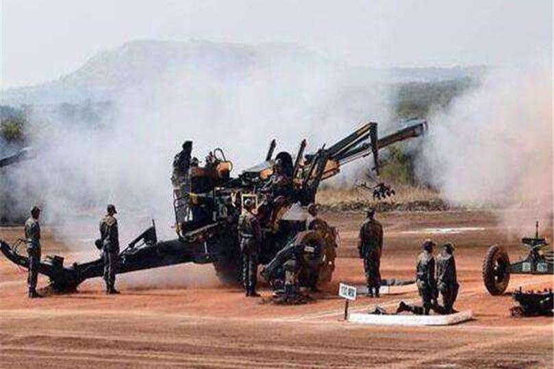 不再克制,巴铁集结重兵,向印度前沿指挥所开炮,多名军官受伤