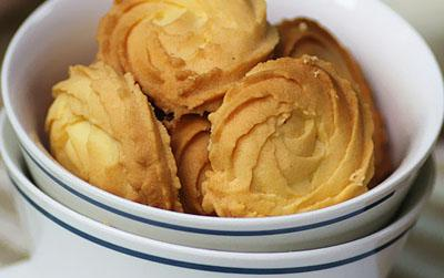 黄油曲奇,金黄色的曲奇,味道很不错呦!