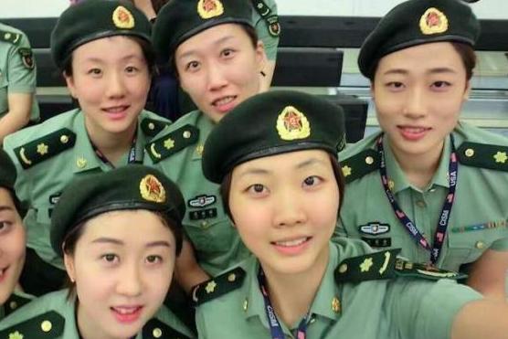 作为八一女排球员,袁心玥的年薪会比朱婷等女排队友低很多吗?