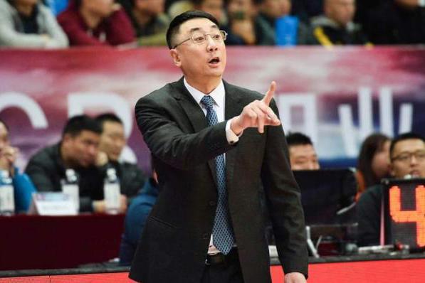 CBA大冷门!中国男篮名帅送大黑马3连败,超级外援39分单骑救主