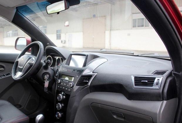 金杯智尚S30报价及图片 家用入门级SUV配置更高