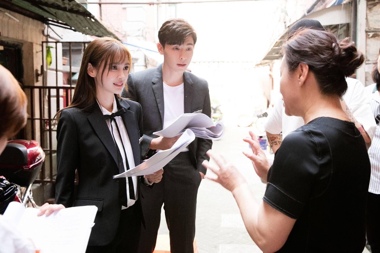杨颖入围电视好演员,一年3部作品的杨幂却落选,原因与演技无关
