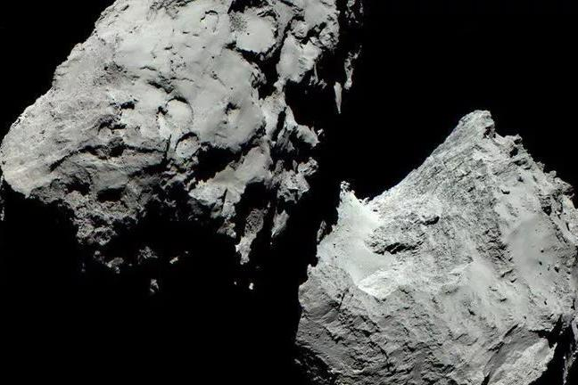 """罗塞塔号任务,终于揭示""""变色龙彗星""""的机制,欧空局最新公布!"""