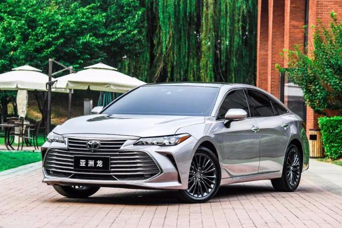 亚洲龙新增2.0L车型销量能赶超凯美瑞吗?