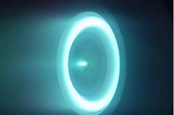 首款牛级霍尔推进器被研制成功,人类距离宇宙航行还有多远?
