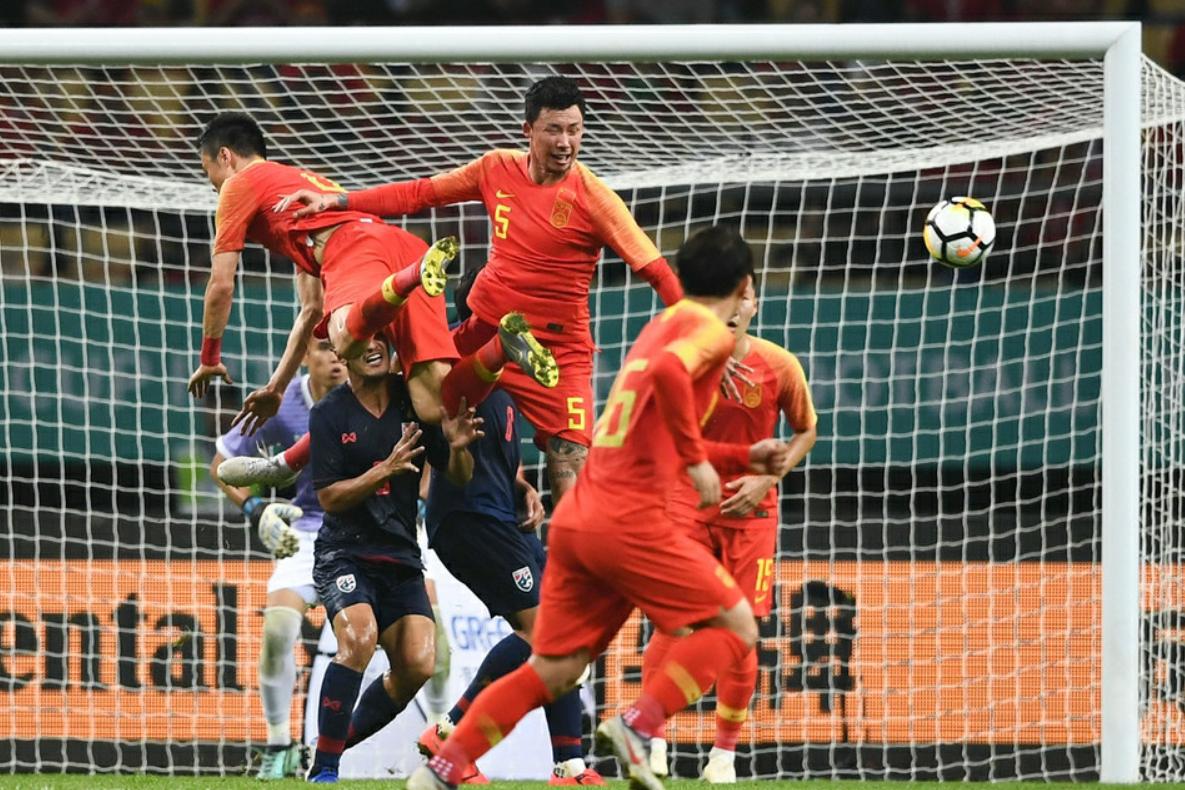 """""""幸亏""""苏亚雷斯没来!董路指出国足踢不了复杂足球,应该简单化"""