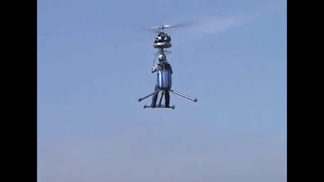 民间牛人改装的飞机别看结构很简单它真能飞得起来