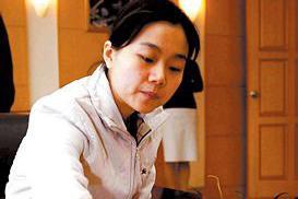 1998年张璇苦战击败黄焰 成为第三位女子围棋世界冠军