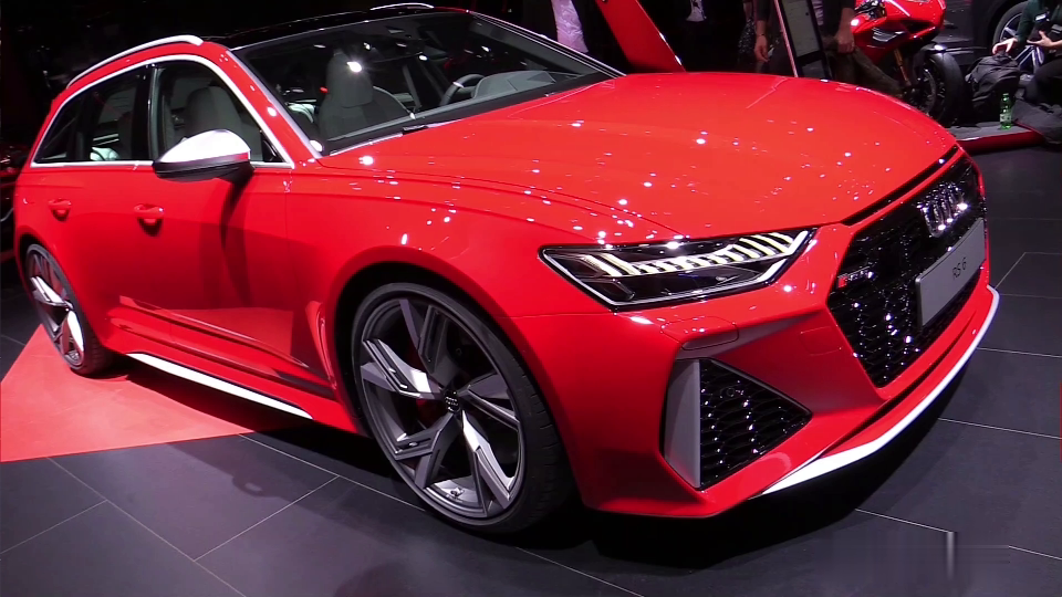 2020款 奥迪 RS6 掀背版