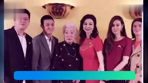 曾因王祖贤婚姻破裂今63岁依旧美如少女前婆婆特意为她庆生