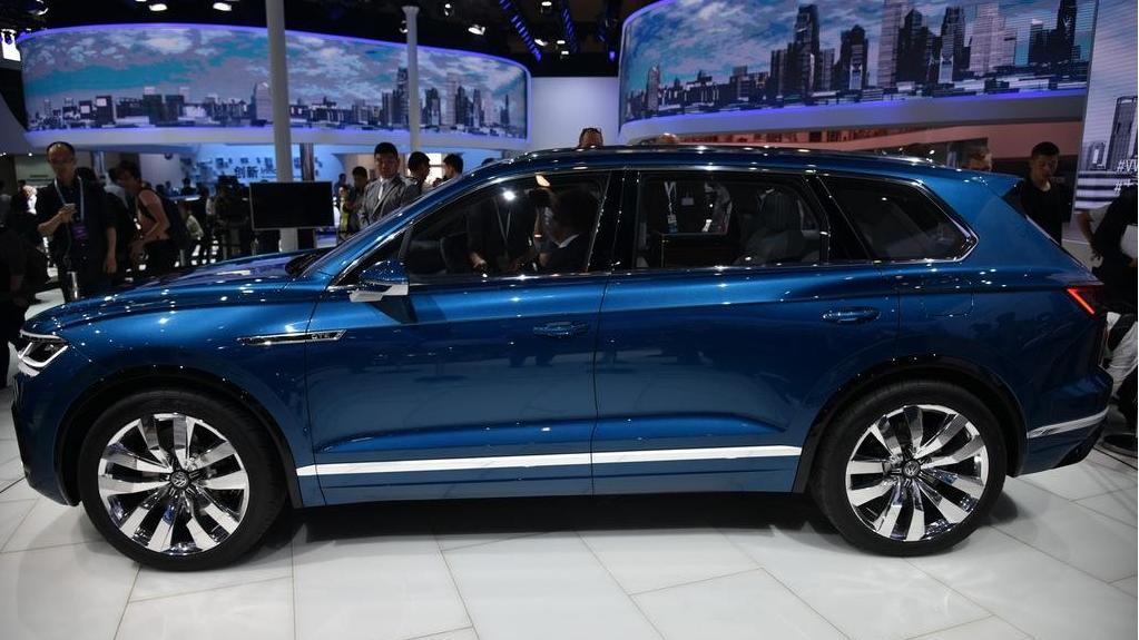 又一豪华SUV将国产,买途昂的等等,2.0T+8AT带四驱,20万要火了!