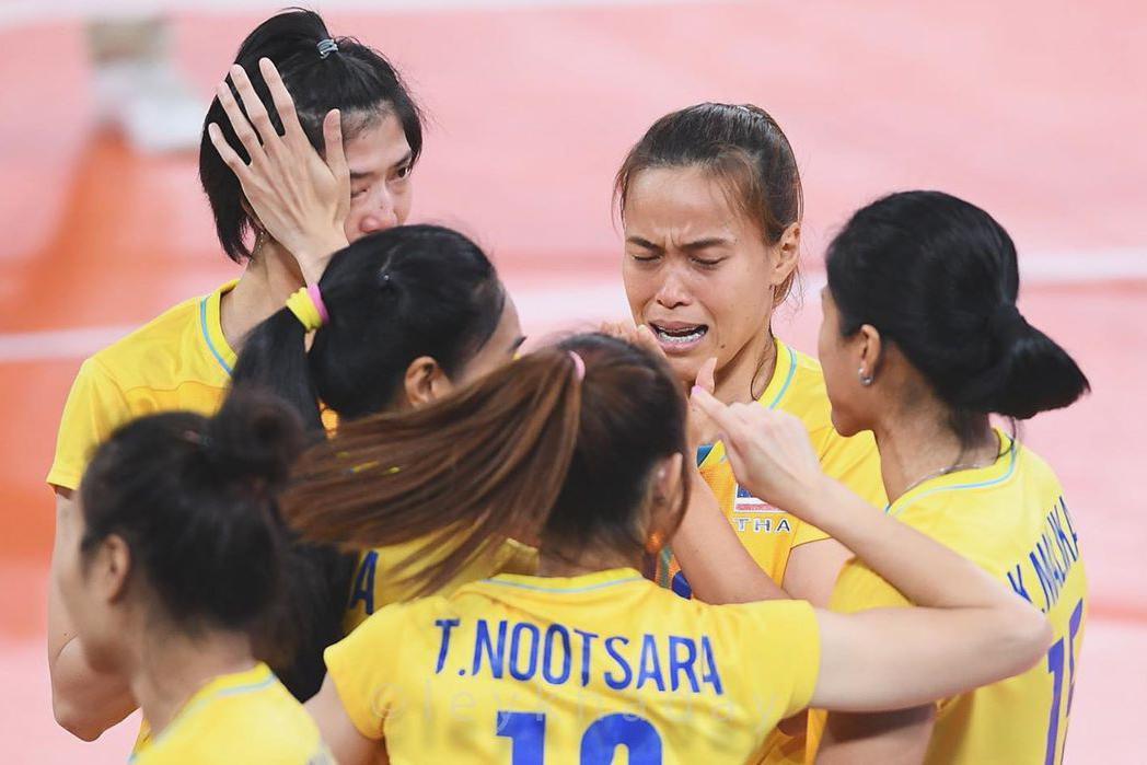 泰妹喜极而泣!泰国女排豪取东南亚运动会十二连冠!