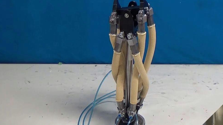 哥伦比亚大学研究出人造肌肉,用在机器人身上,比真肌肉还厉害
