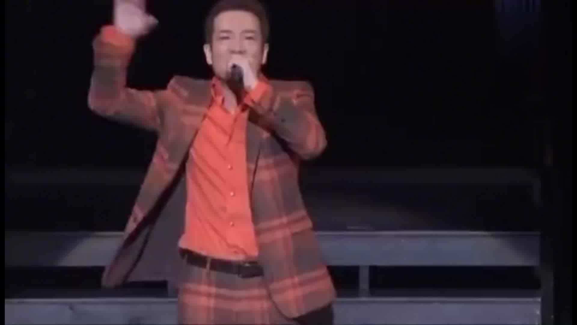 《对你爱不完》日文原曲,原唱这舞姿跟郭富城还是可以比一比的