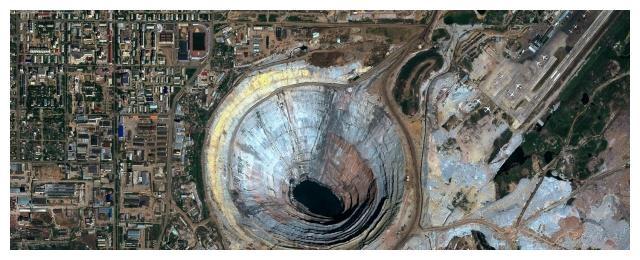 """世界上最值钱的""""坑"""",遍地都是钻石,内有强大气流,能吸进飞机"""