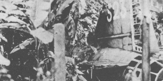 山本五十六高空坠落身亡,为何还能手握军刀摆正坐姿?