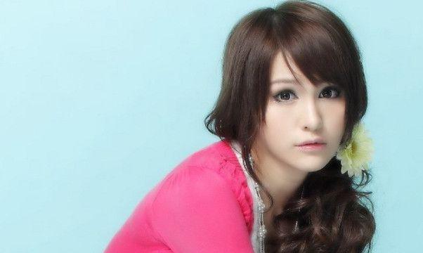 在陈静仪、陈雅丽等四位香港女模特中,你觉得谁的颜值最高?