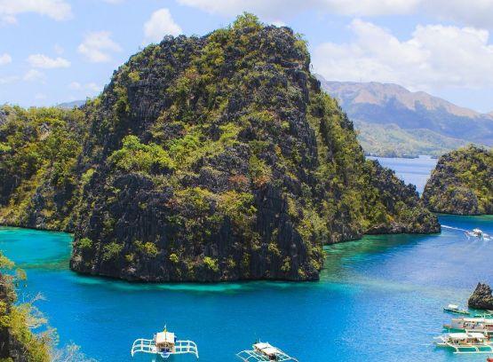 科隆岛,这是一个美的让人心醉的旅游岛屿,是个度假的圣地