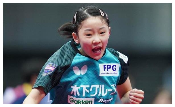 国乒要小心!张本智和妹妹又夺冠:年仅11岁,已能连续吊打对手