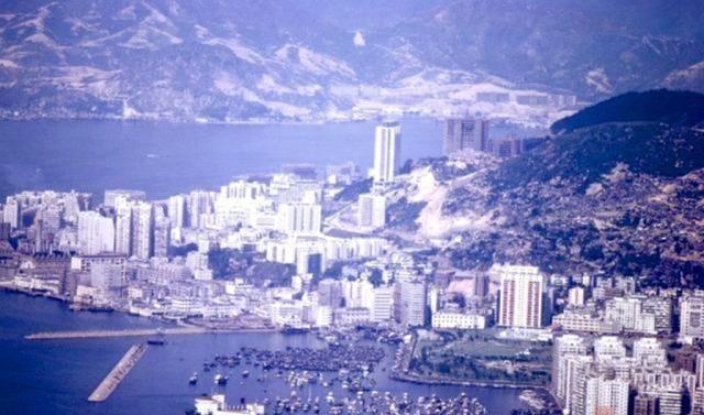 一组老照片,带你穿越到上世纪60年代的香港