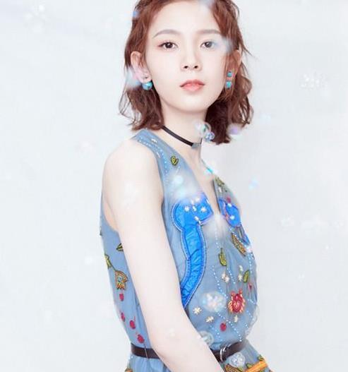陈瑶质感清新写真,甜蜜少女心彰显