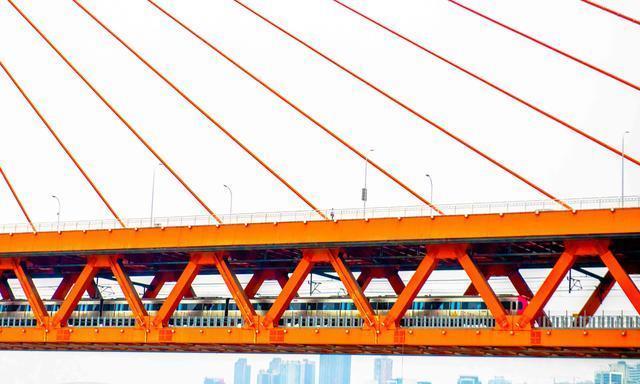 """重庆最""""牛""""的交通工具,因游客太多成网红景点,票价疯涨近十倍"""