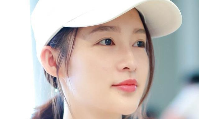 """李沁的眼睛,鞠婧祎的鼻子,杨紫的嘴巴,竟""""组成""""了美丽的她"""