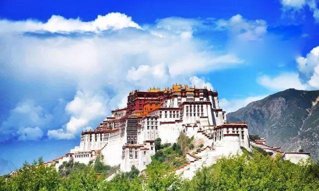 尘世间少有的宁静,西藏这个让人神往的地方,打动很多人的心灵
