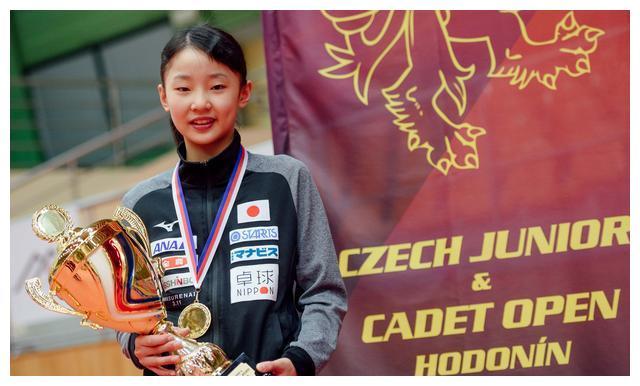比伊藤美诚更猛!日乒11岁华裔神童狂轰36-1夺冠,刘国梁该布局了