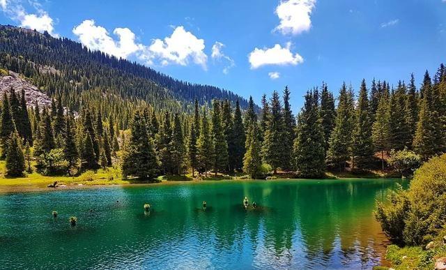 吉尔吉斯斯坦:山地美景动人心弦,游牧生活典范