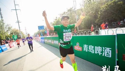 活力青啤 助阵2019荆州国际马拉松 这场奔跑嘉年华,你get到了吗