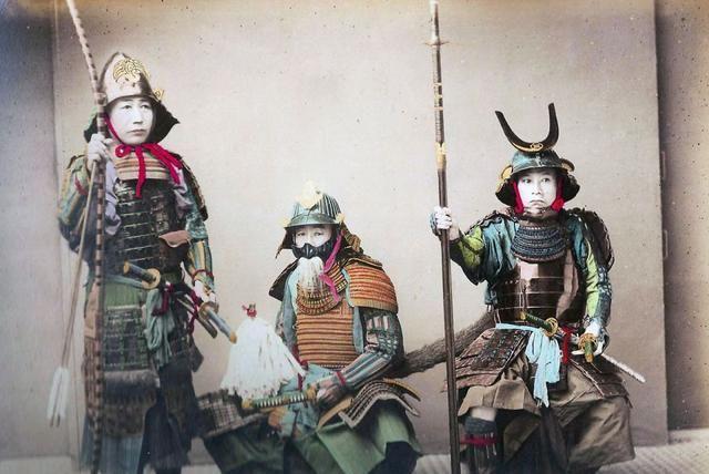 百年前日本武士老照片:身材矮小,面露凶光
