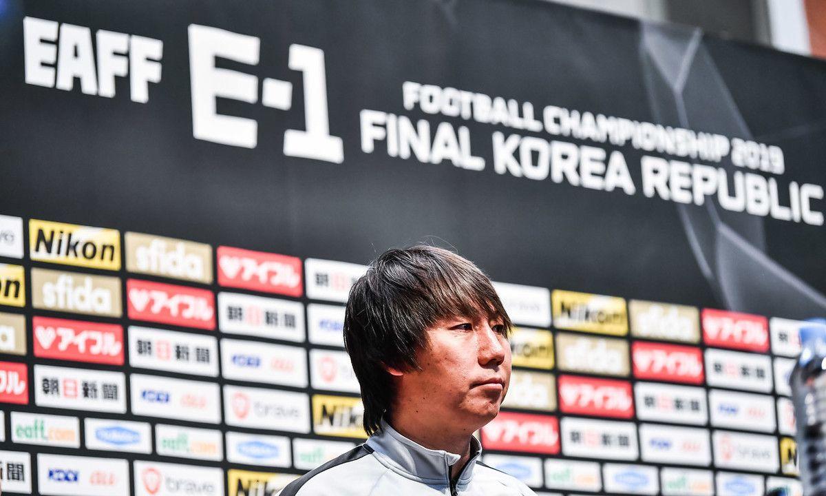 李铁:为国踢球的球员已经准备好了