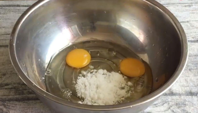 教你早餐玉米饼正宗做法,掌握3个小技巧,松软香甜,简单好吃