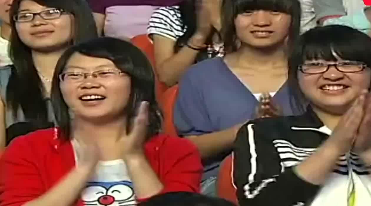 萌娃张俊豪一开始跳舞全场观众都不淡定了姜桂成嗨了