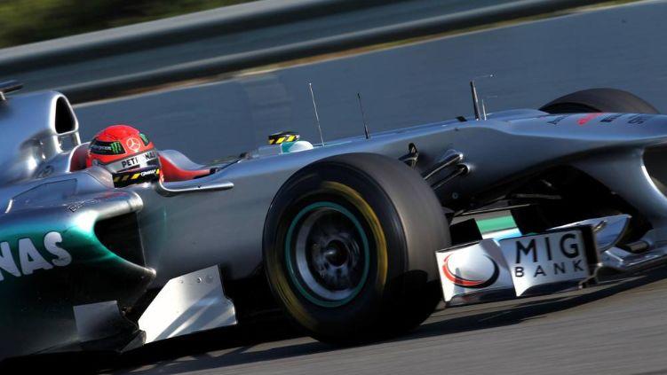 梅赛德斯车队很是精明,拥有顶级的赛车手,期待好成绩
