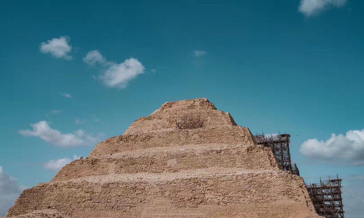 埃及.吉萨.左塞尔金字塔,古埃及历史上修建的第一座金字塔