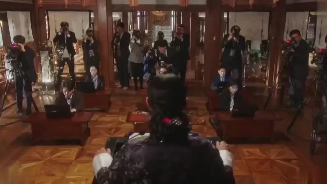 太后向皇后张娜拉道歉,不料遭小公主嫌弃,竟教太后怎么道歉!
