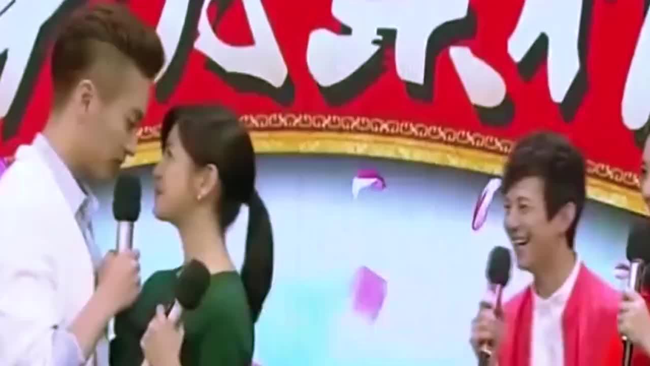 网曝陈晓与陈妍希感情出现危机儿子送父母照顾夫妻怄气不让步