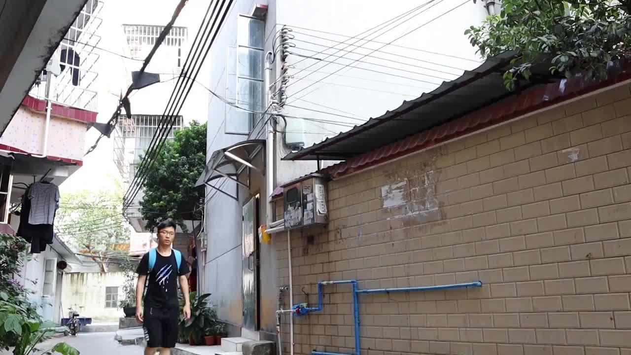 国庆在城中村住民宿58块一晚第一天就有种想哭的感觉