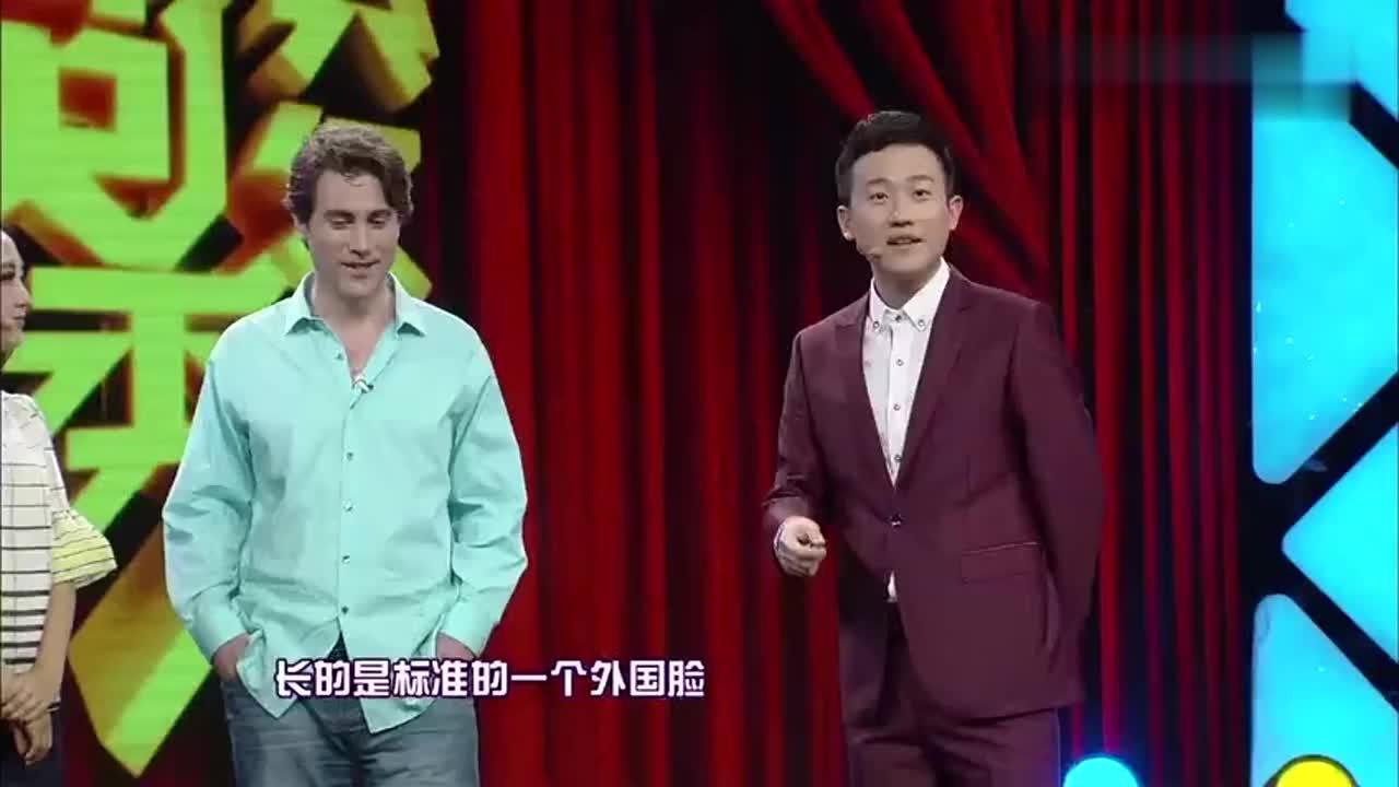 外国男子在中国拍了100部戏讲述他的艺术人生遭裘英俊吐槽