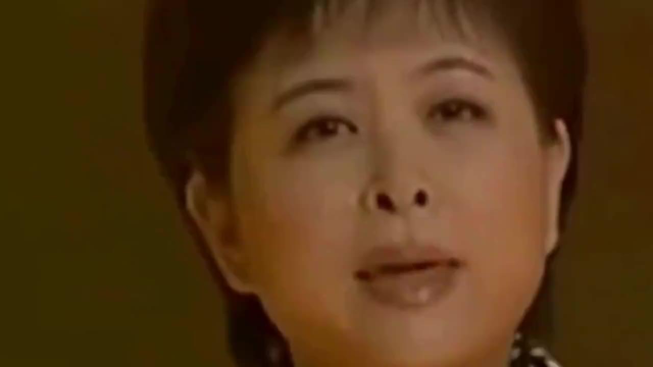曾是央视当红女主持都以为退休了哪知已坠楼去世17年