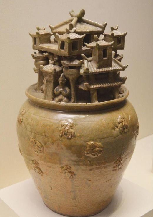 青釉瓦陶楼阙人物罐——骨灰罐