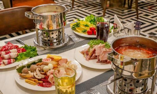 杭州富邦丽佳国际大酒店,在百米高空享豪华海鲜火锅自助晚餐
