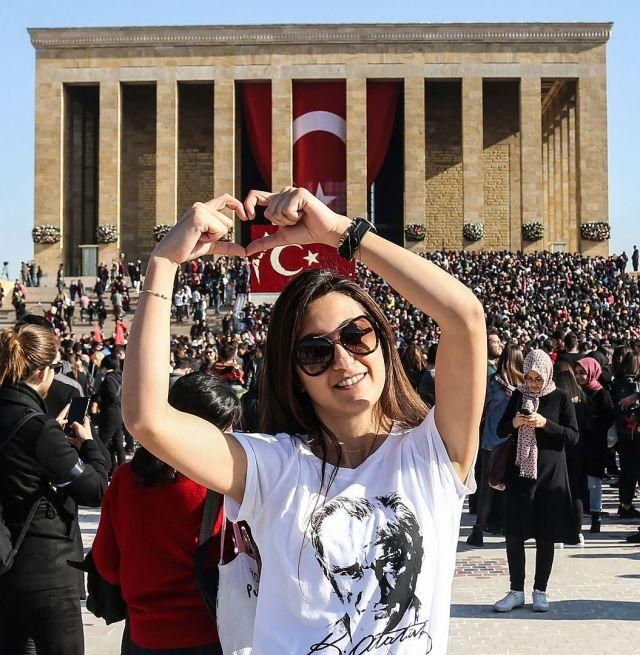 """土耳其举行""""国父""""逝世81周年纪念仪式,硬汉总统埃尔多安出席"""