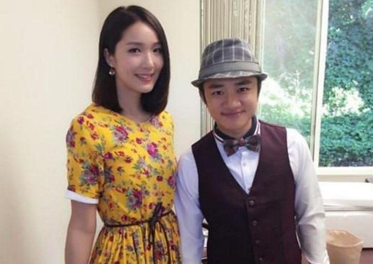 王祖蓝微博发文,宣布升级当爹,邓超一个问题让王祖蓝很尴尬