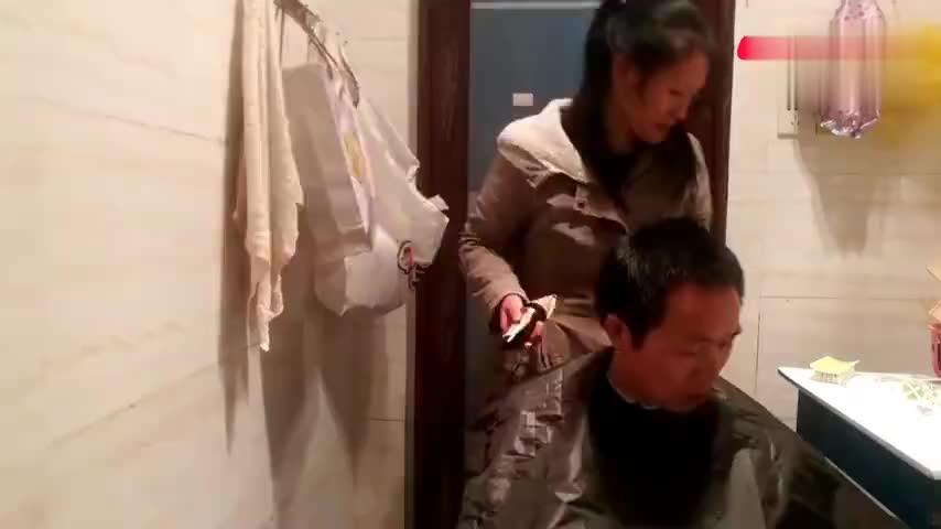四川话托呢老师剪的最时尚发型听说可以让人年轻十岁